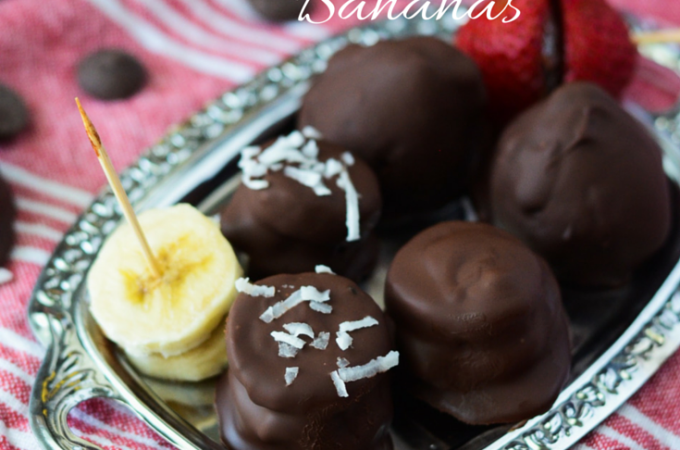 Cookie Butter Stuffed Dark Chocolate Covered Bananas